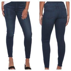 Apt. 9  Pull-on Mid-rise Skinny Jeans
